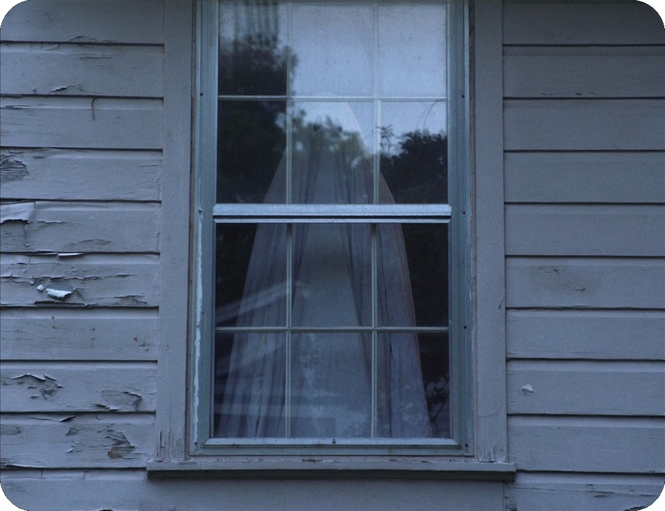 A GHOST STORY ROONEY MARA_BACKGROUND WHITE